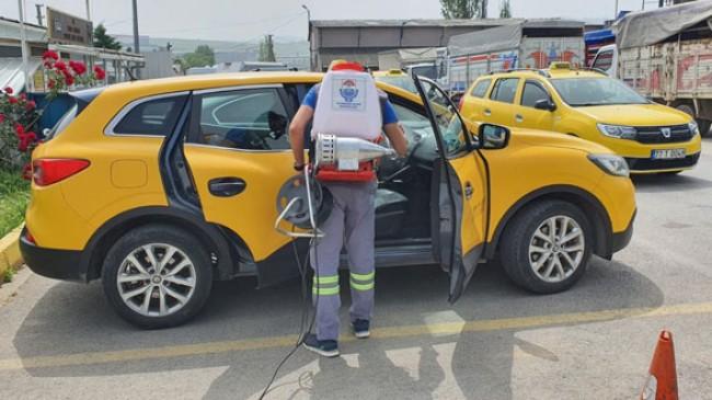 Yalova'da taksiler ilaçlanıyor