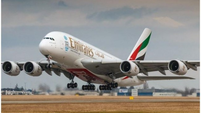 Emirates 30 bin çalışanını işten çıkarmaya hazırlanıyor
